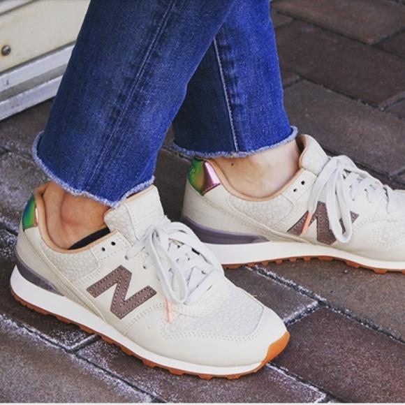 new product be5e0 207e8 New Balance | 696 Grey Sneaker Powder & Cresent